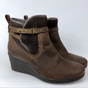 UGG Emalie Stout Brown Leather Wedge Booties